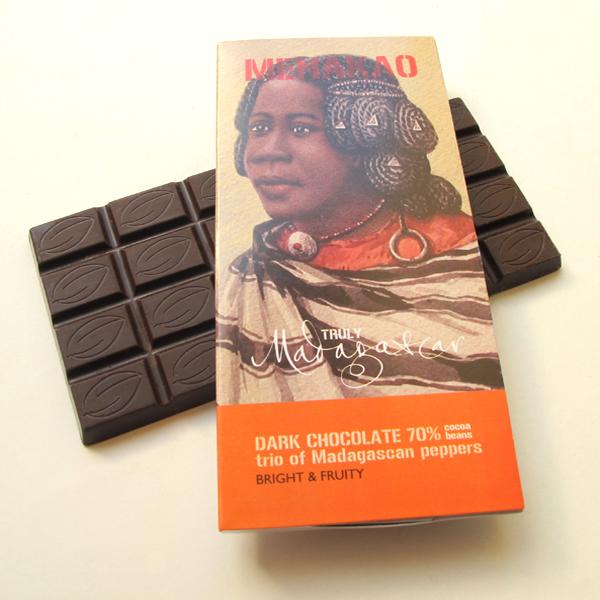 Menakao-72-trei-piperuri-ciocolata-neagra-origine-pura-Madagascar-online