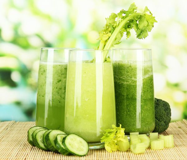 smoothie-cu-castravete-si-legume